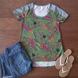 LuLaRoe Green Patterned Classic T-shirt